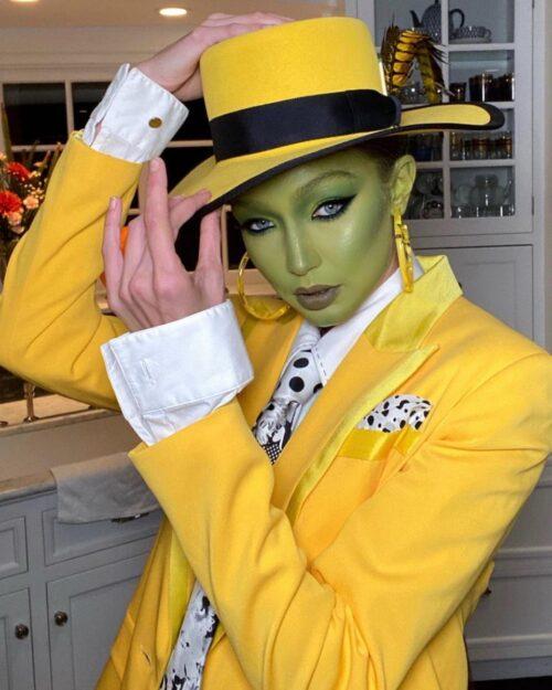 マスクの仮装画像