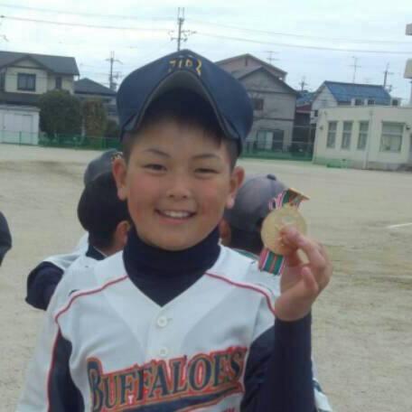 中西聖輝選手の小学生の画像