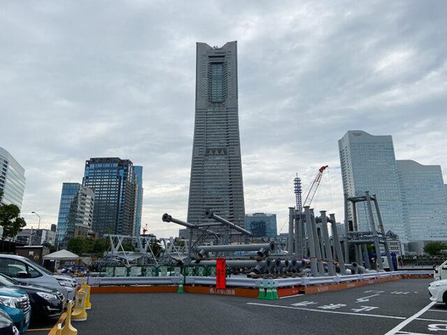 横浜再開発の工事現場の画像