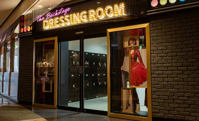 The Backstage Dressing Roomの画像
